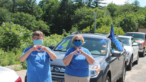 Volunteers Linda and Celeste