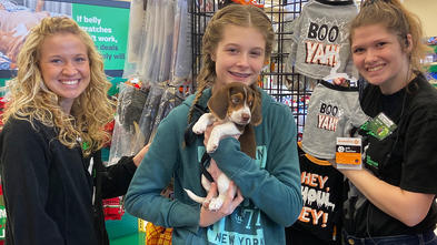 Hannah goes shopping for her new puppy, Oscar.